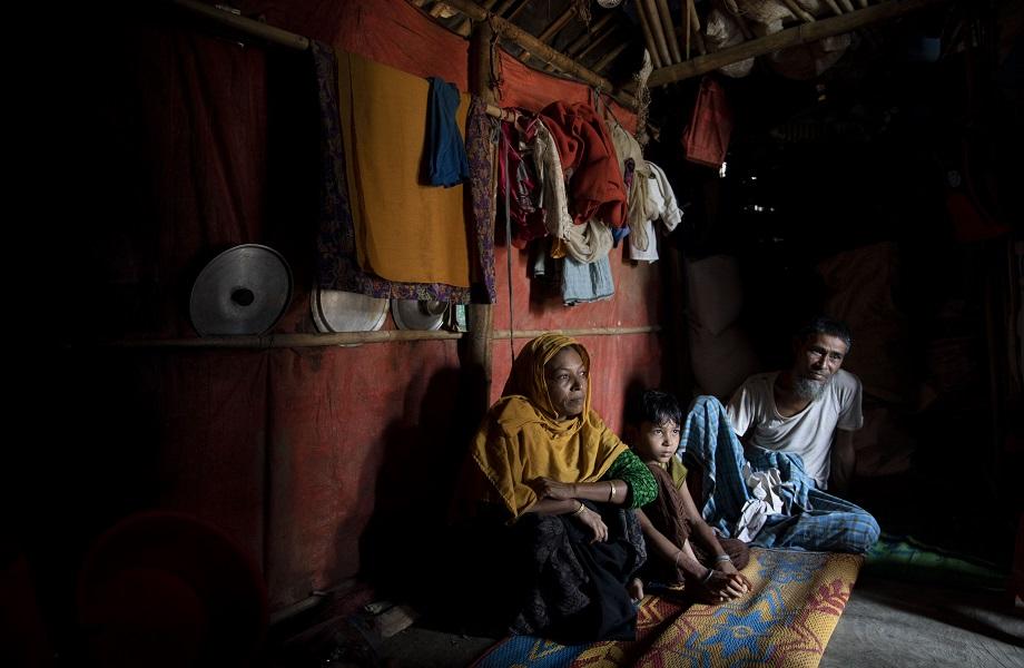 Nações Unidas pedem a países que acolham navios rohingyas à deriva no mar