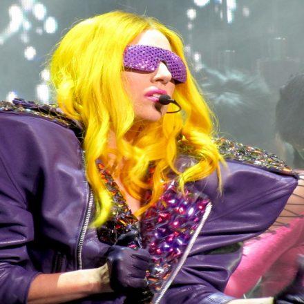 A cantora Lady Gaga, curadora do megashow online da OMS