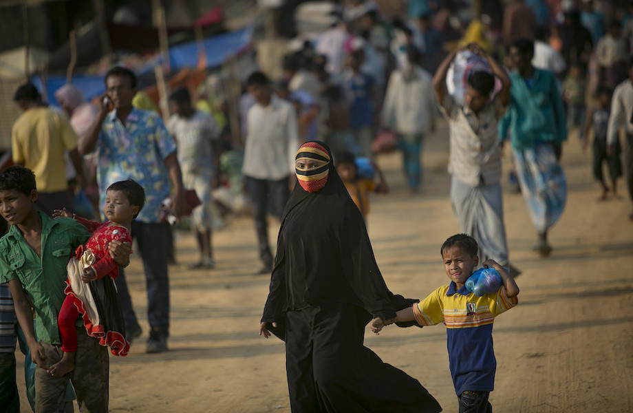 Aceitação a migrantes diminui em todo o mundo, diz pesquisa da Gallup