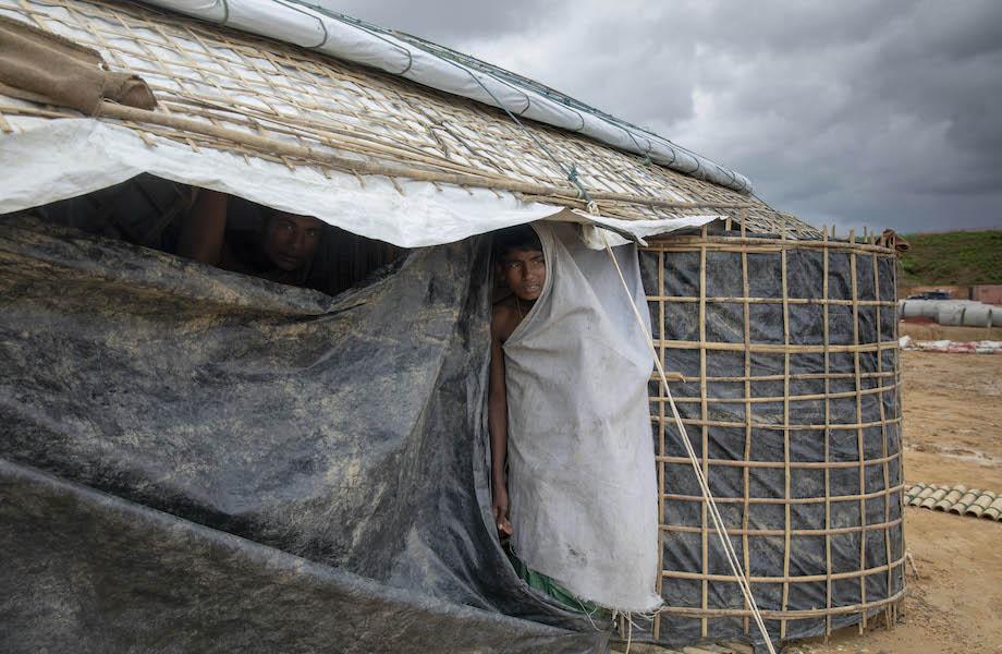 Para não se separarem da família, rohingyas evitam testes de Covid-19