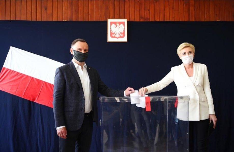 Presidente da Polônia deve enfrentar segundo turno