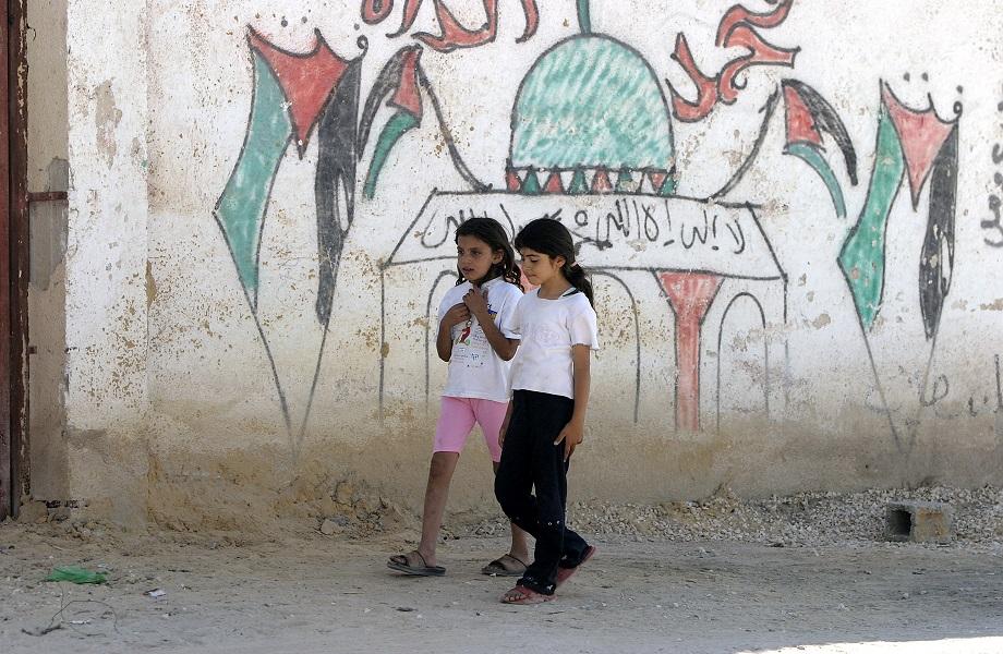 Crianças no acampamento de refugiados de Acqba Jaba, próximo a Jericó, na Cisjordânia (Foto: UN Photo/Stephenie Hollyman)