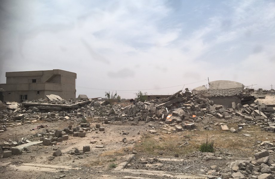 escombros iraque hassan partowun environment