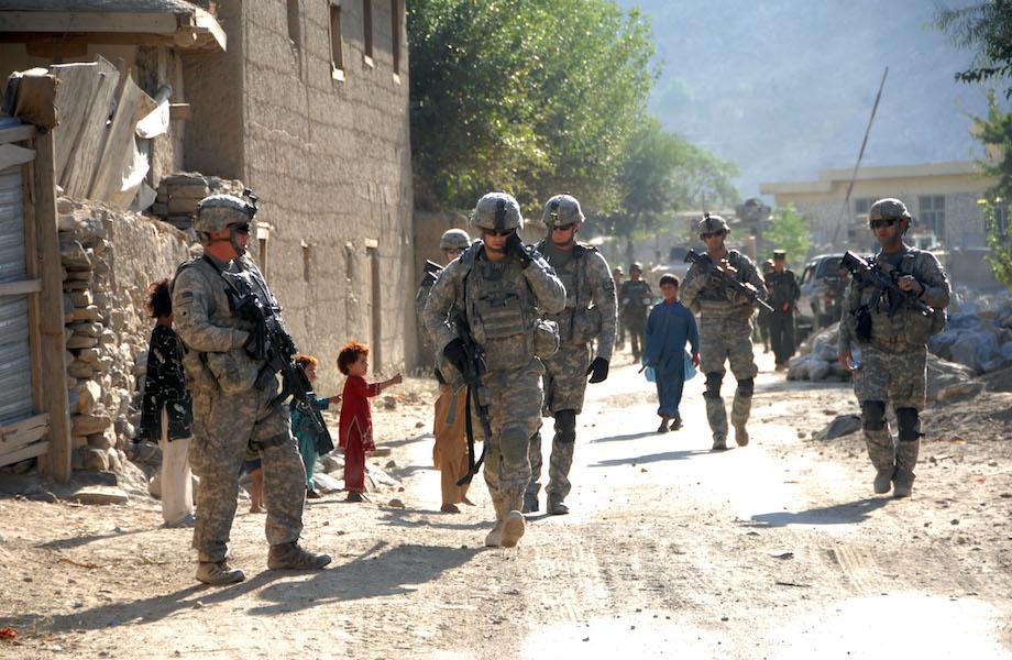 Rússia teria oferecido recompensa a afegãos para matar tropa dos EUA