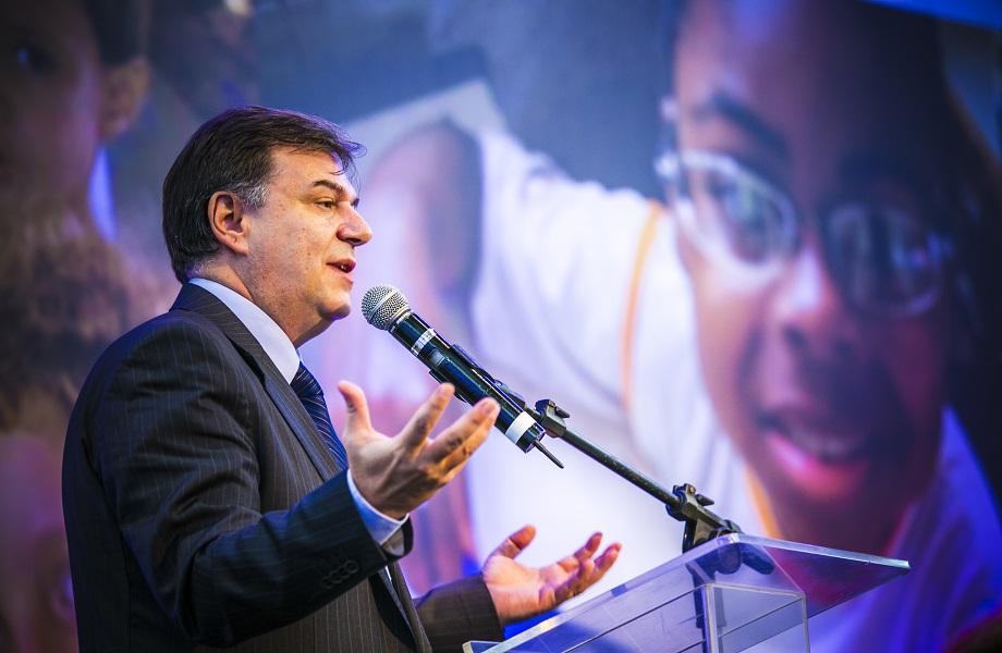 """""""2020 será maior operação da história"""", diz diretor da ONU sobre alimentos"""