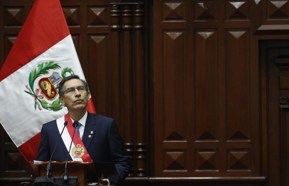 Presidente do Peru questiona mudança em texto sobre fim de imunidade parlamentar