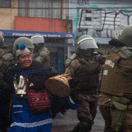 ONU pede investigação de violência contra povo chileno Mapuche