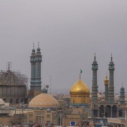 Volume de mortes por Covid-19 no Irã é três vezes maior que número oficial