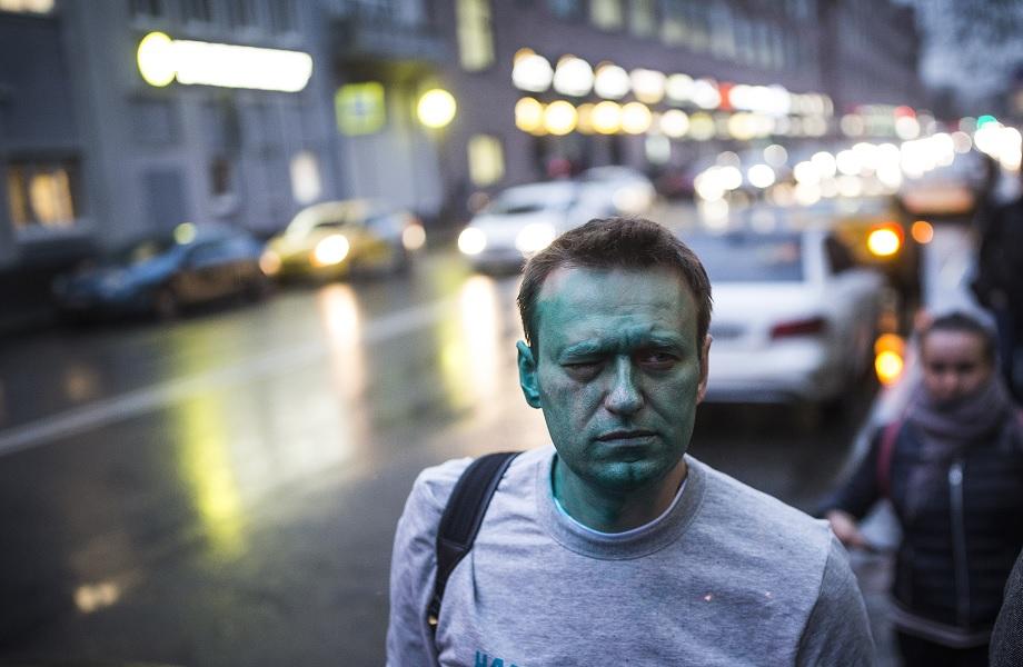 Médicos russos liberam remoção de Navalny para Alemanha