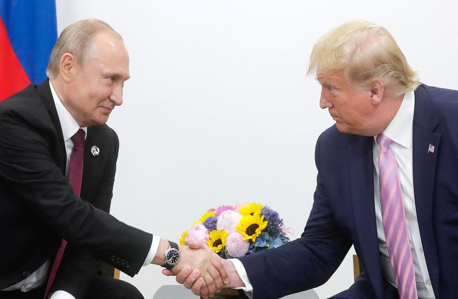 Na Rússia de Putin, táticas da Alemanha Oriental são recicladas contra oponentes