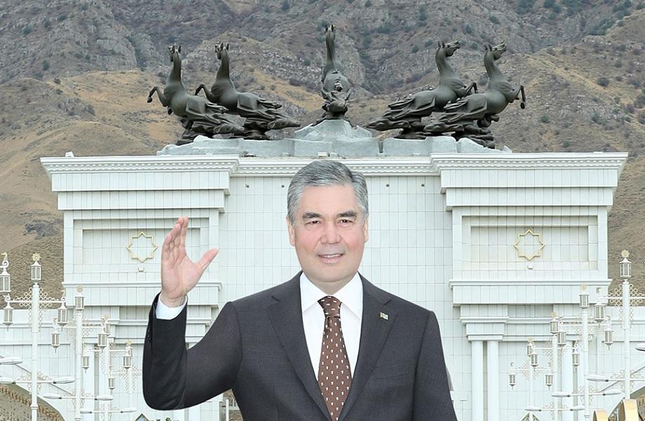 Turcomenistão usa 'neutralidade' como tática de isolamento do exterior