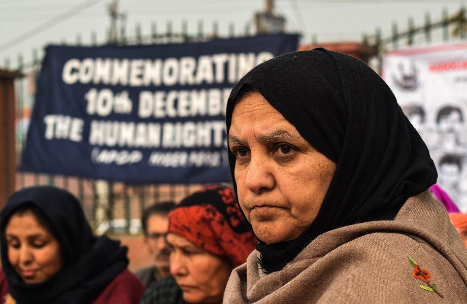 Índia usa operações de contraterrorismo em perseguição a ativistas e jornalistas