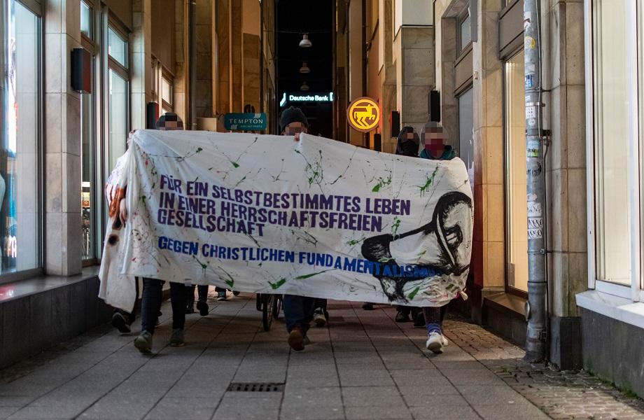 Manifestações após decisão sobre aborto na Polônia chegam ao sexto dia