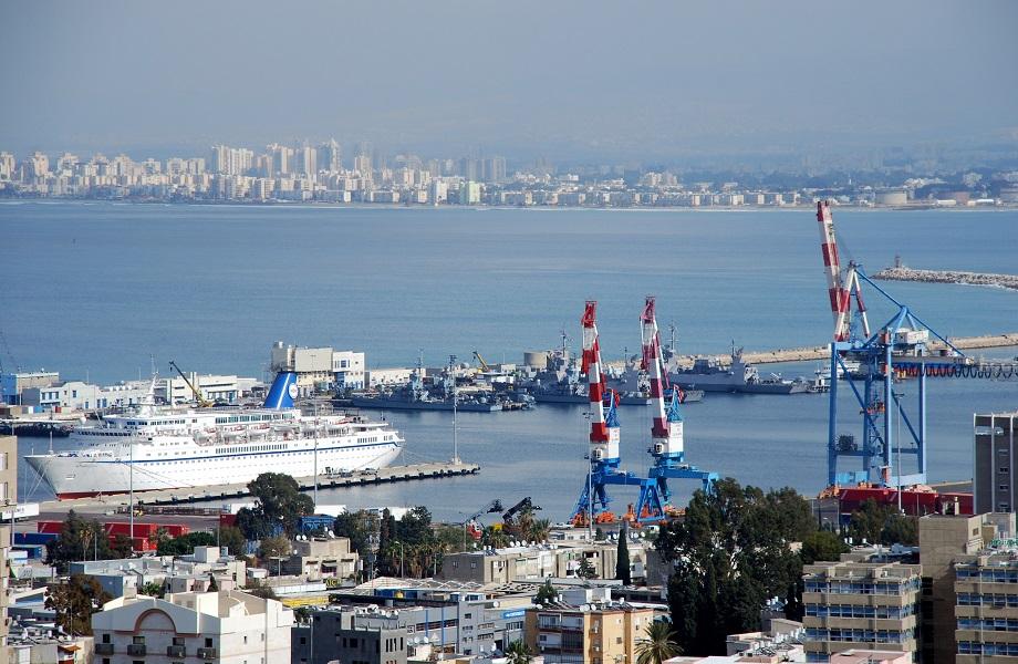 Para barrar China, EUA busca empresas locais em obras no porto de Haifa, em Israel