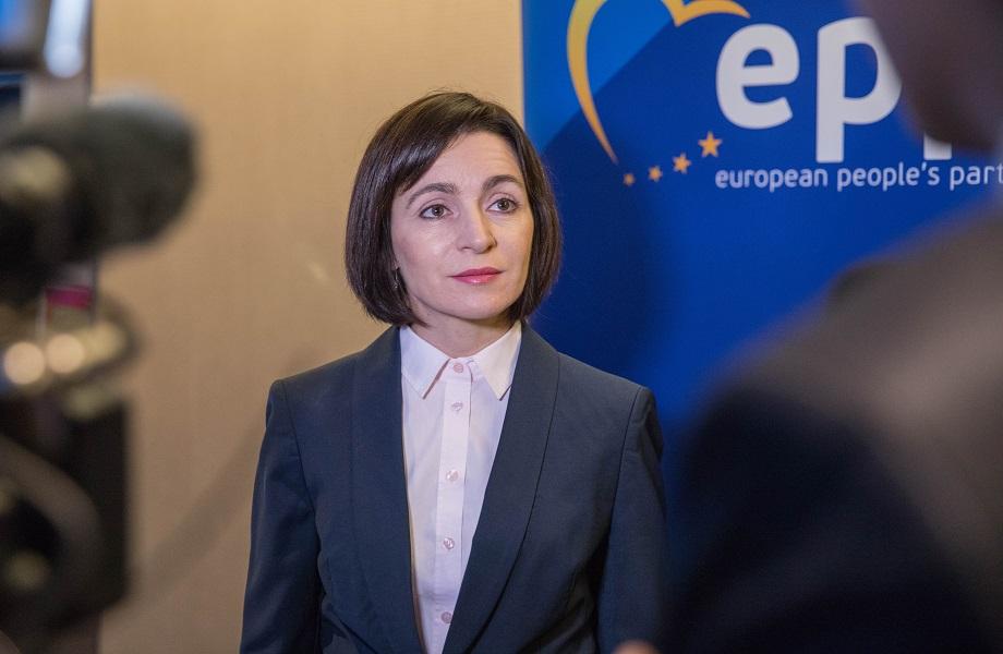 Sem apoio do Kremlin, nova presidente da Moldávia defende aproximação com UE