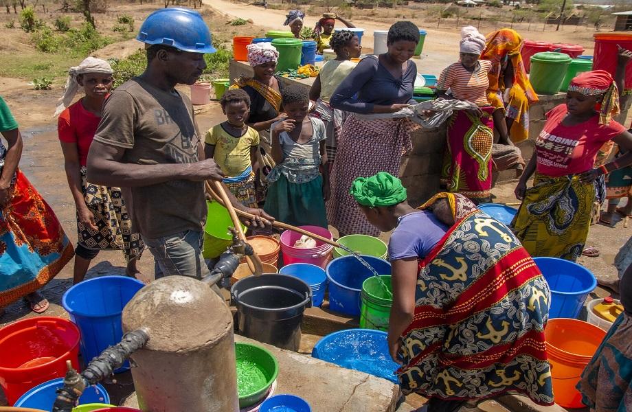 VOA: Moçambique cria força para proteger gás natural de jihadistas e ouve críticas