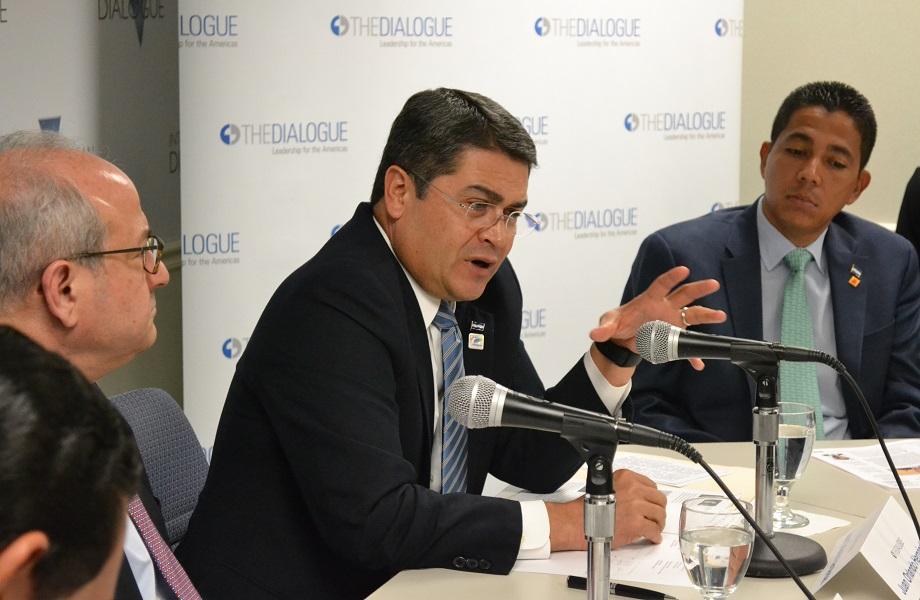 Presidente de Honduras é alvo de nova investigação dos EUA por narcotráfico