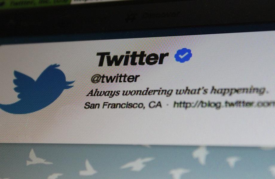 Twitter volta a bloquear usuários da Índia após ameaça do governo