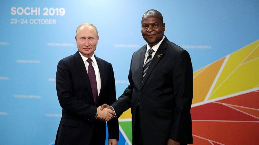 Rússia impulsiona presença militar por lucros na República Centro-Africana