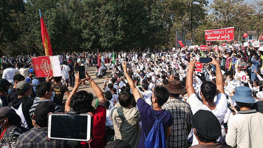 ONU: Alerta de mortes e prisões arbitrárias em Mianmar