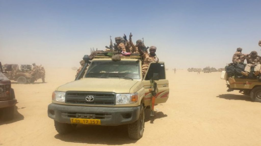 Militares do Chade afirmam ter derrotado rebeldes após morte de Déby