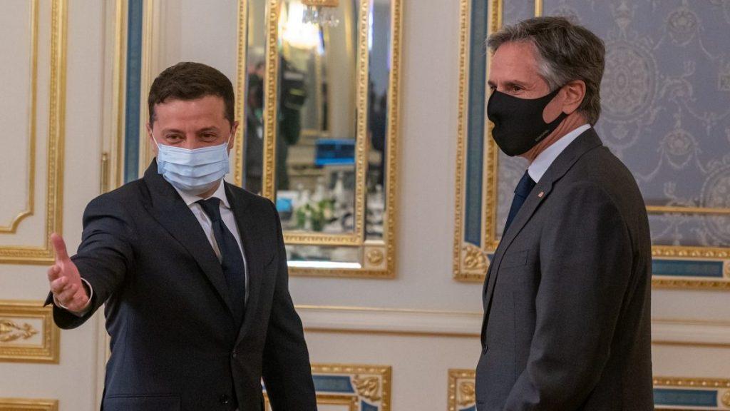 Washington sinaliza aumento de ajuda à Ucrânia em meio a avanço de tropas russas
