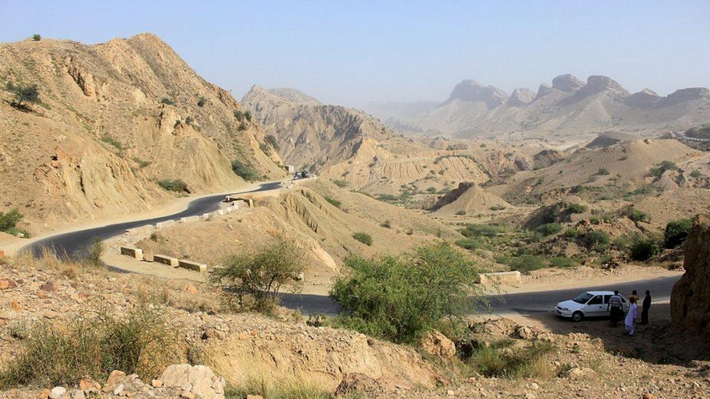 No Baluchistão, acidentes em rodovias precárias matam mais que terrorismo