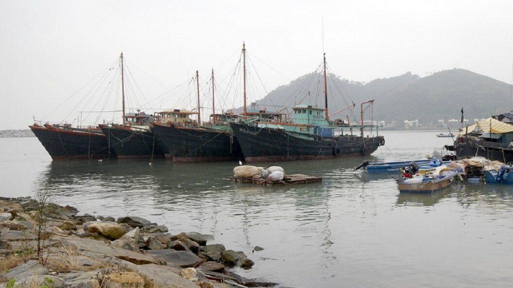 China recebeu mais da metade de toda a exportação de peixes, madeira e minerais do Pacífico em 2019