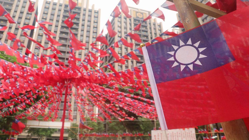 Mais que um confronto militar, China pode cortar acesso a Taiwan com bloqueio total da ilha