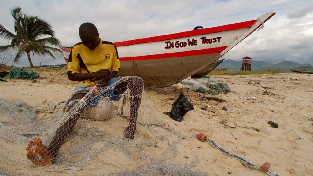 EUA instam Serra Leoa a proteger vida marinha após denúncia de acordo irregular com China