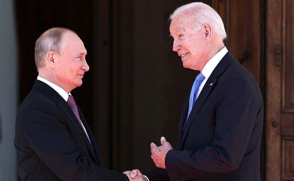 EUA pressionam Moscou e cobram ação contra os ataques de hackers russos