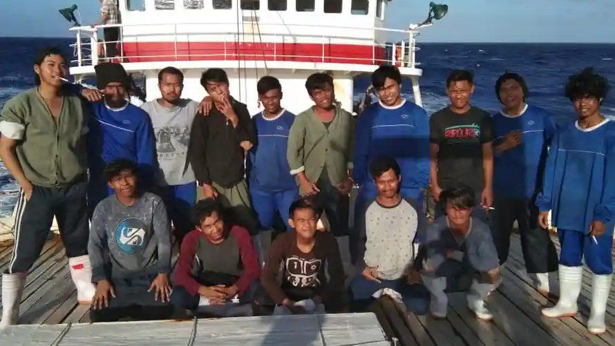 Rotina de estrangeiros em pesqueiros da China tem exaustão, doença e morte