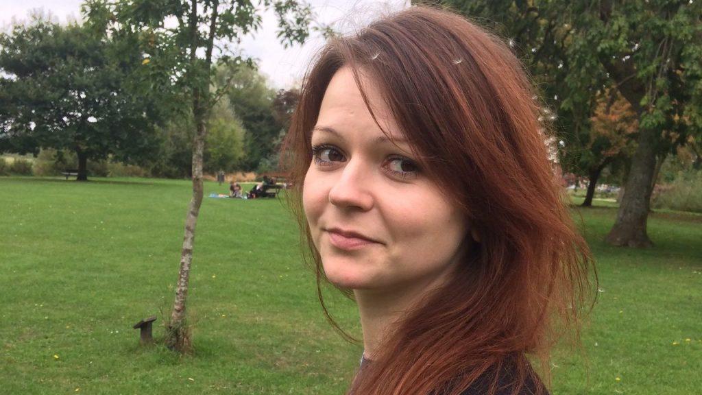Reino Unido diz que um terceiro agente russo ajudou a envenenar Skripal e a filha